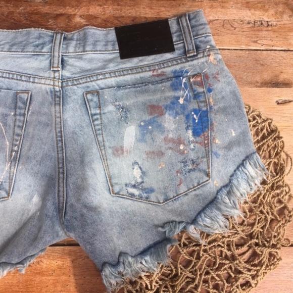 19eb330f  One Teaspoon Bonitas Paint Splatter Shorts 26 NWT